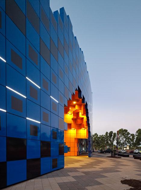 Dezeen_Wanangkura-Stadium-by-ARM-Architecture_8