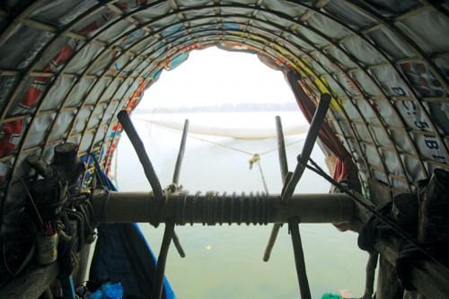 Nơi trục kéo rớ còn là cửa sổ nhìn ra biển.