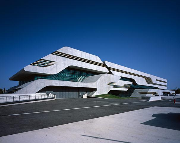 Pierresvives, Montpellier, Pháp bởi Zaha Hadid Architects
