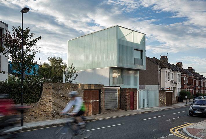 Slip House, Brixton, London, bởi Carl Turner