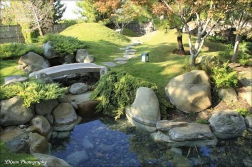 small-koi-pond-rock-bridge-17-600x399