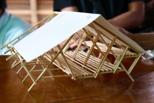 một mô hình thể hiện cấu trúc của một ký túc xá tạm thời tiêu biểu cho mae tao bệnh viện ở Thái Lan