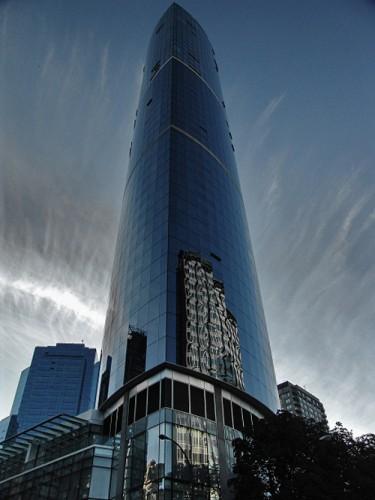Tòa nhà Absolute World Towers là công trình nhà cao tầng thứ 2 tại Canada giành được giải Tòa nhà cao tầng của năm
