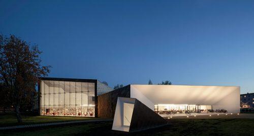 Thư viện thành phố Seinajoki của JKMM Architects, Seinajoki, Phần Lan Ảnh © Tuomas Uusheimo Tất cả hình ảnh do JKMM Architects cung cấp