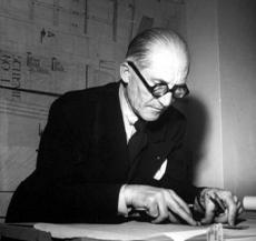 Các kiến trúc sư thiên tài như Le Corbusier, Mies Van Der Rohe, Frank Lloyd Wright, vốn là những người thợ vẽ giỏi trước tiên.