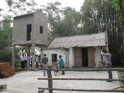Nhà lõi do Hội KTS VN phối hợp cùng Vinaconex xây dựng thí điểm tại miền Trung năm 2012