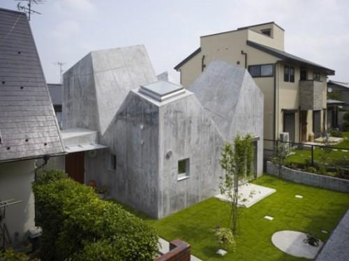 House in Kohoku / Torafu. Image © Daici Ano