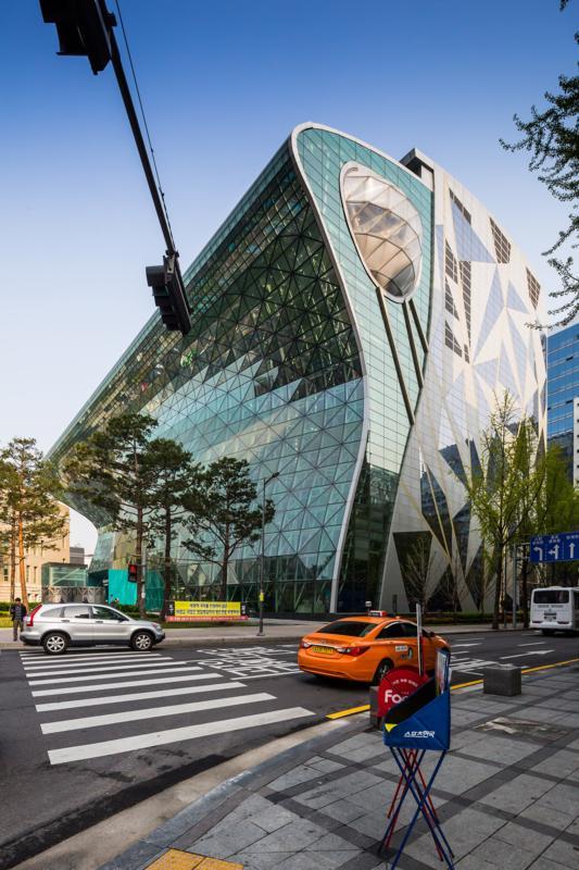 52aa5df1e8e44e307c00002f_seoul-new-city-hall-iarc-architects_cityhallct001_533x800