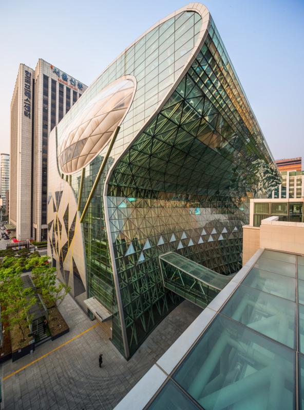 52aa5e9de8e44e307c000032_seoul-new-city-hall-iarc-architects_cityhallct043_592x800