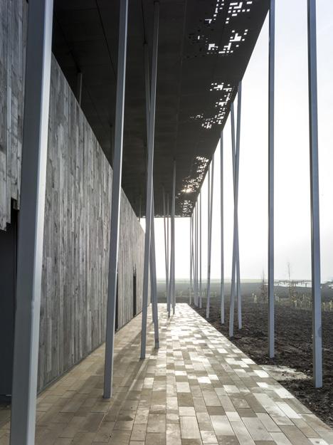 Stonehenge-Visitor-Centre-Denton-Corker-Marshall_dezeen_5
