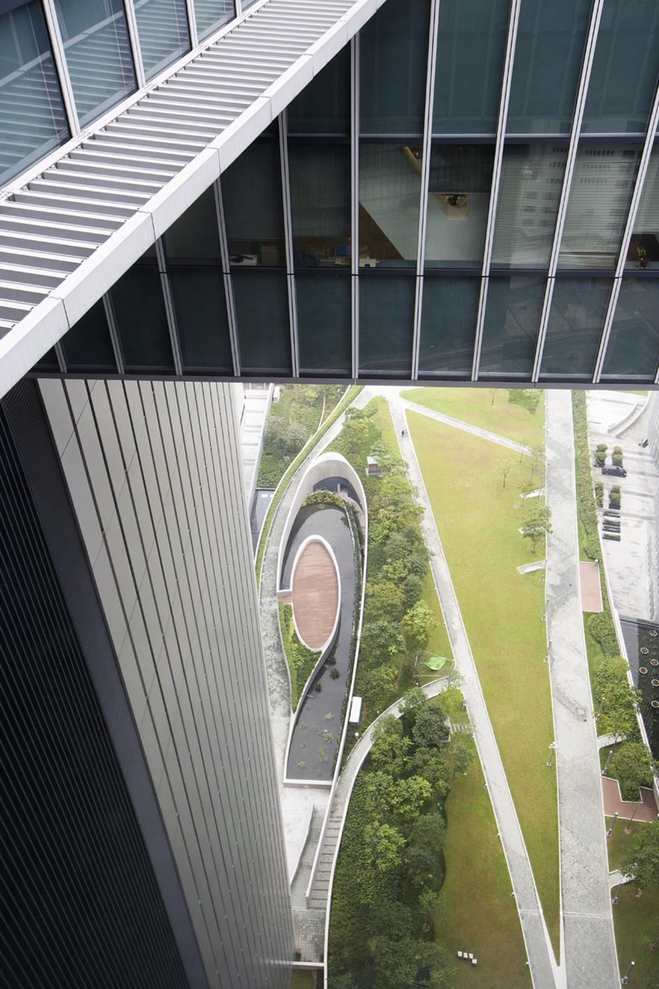 530f2b77c07a80ed3b00019e_hksar-government-headquarters-rocco-design-architects-_ml_w7a9468