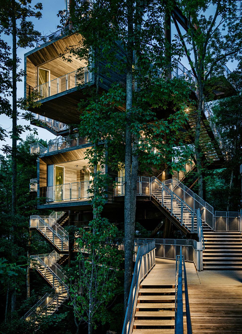 5319ea4bc07a806cd9000232_the-sustainability-treehouse-mithun_portada
