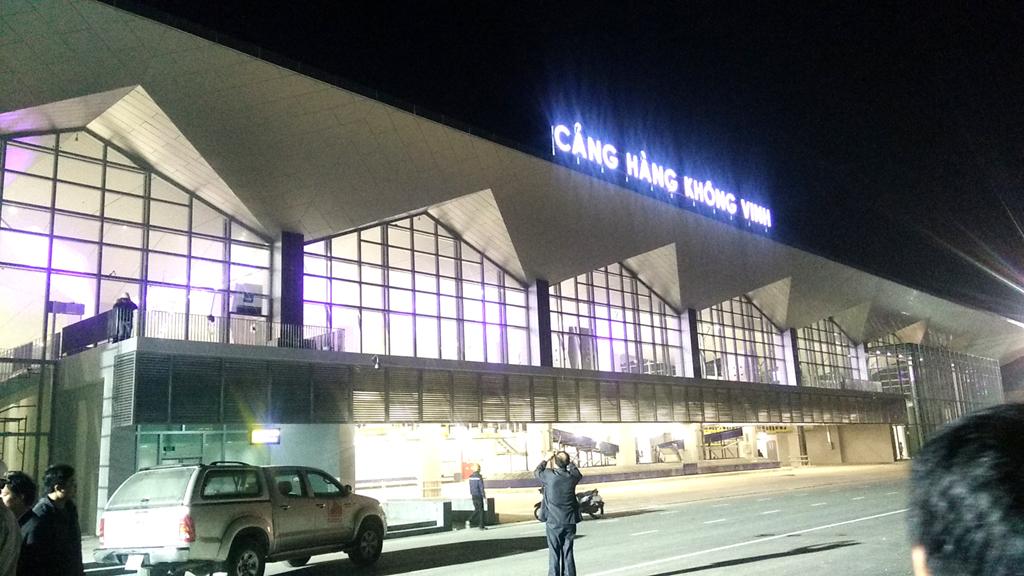 Nhà ga hành khách có tổng diện tích 11.706m2. Dự án có công suất thiết kế đạt 2 triệu hành khách/năm; công suất khai thác thực tế 3-4 triệu hành khách/năm.
