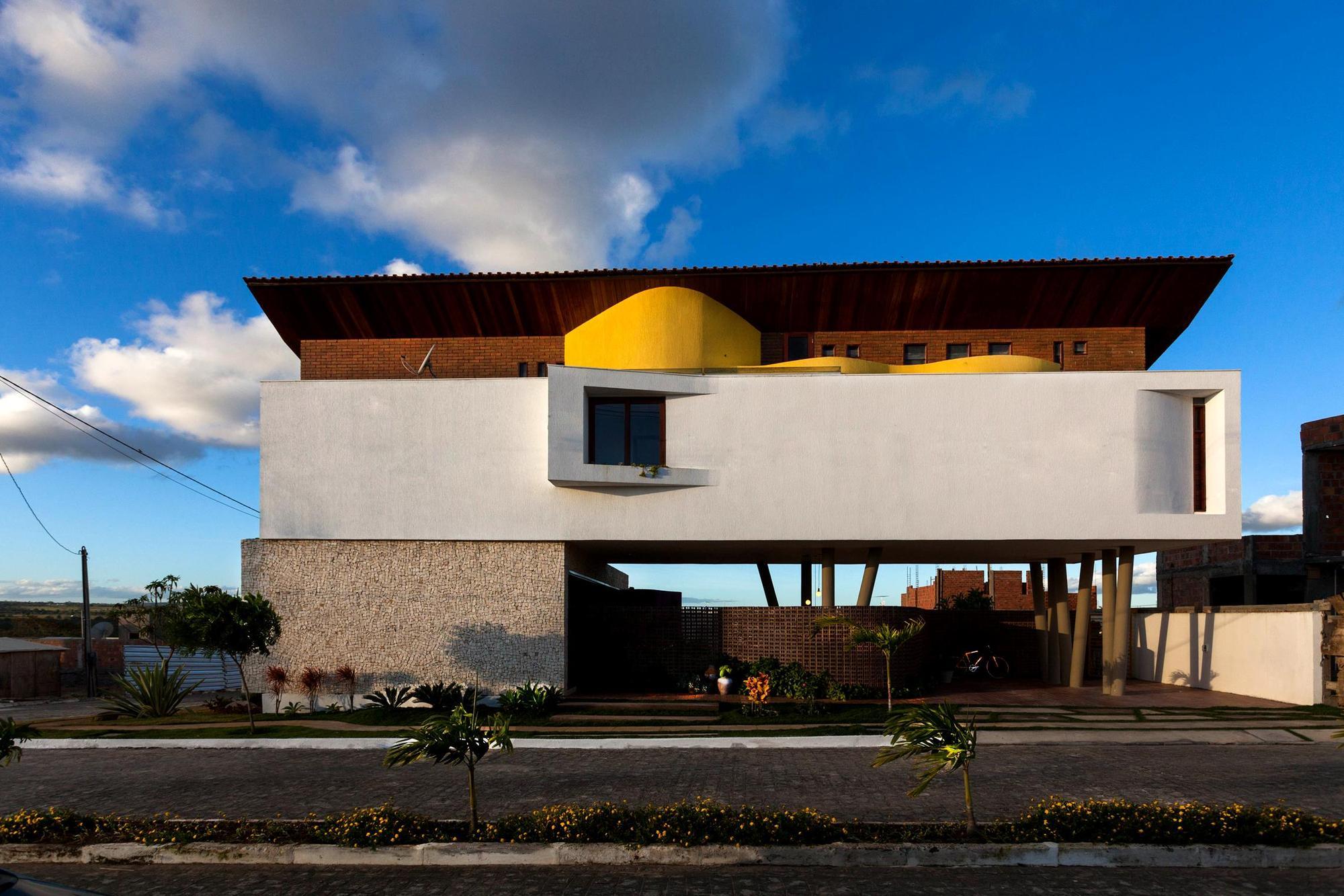 54484721e58ecebb8100018d_architect-s-house-jirau-arquitetura__mg_9066