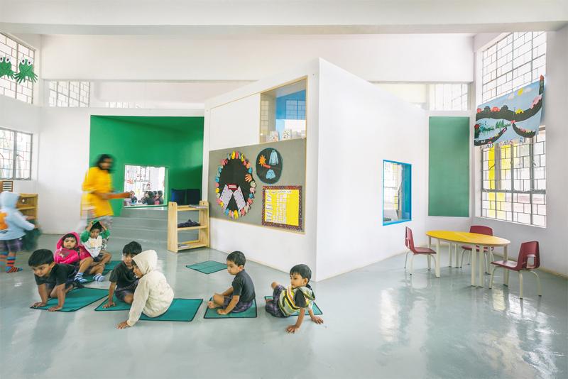 54bf130fe58eceef70000188_ekya-early-years-kanakapura-road-collectiveproject_ekya_view_of_classroom_nook_resize
