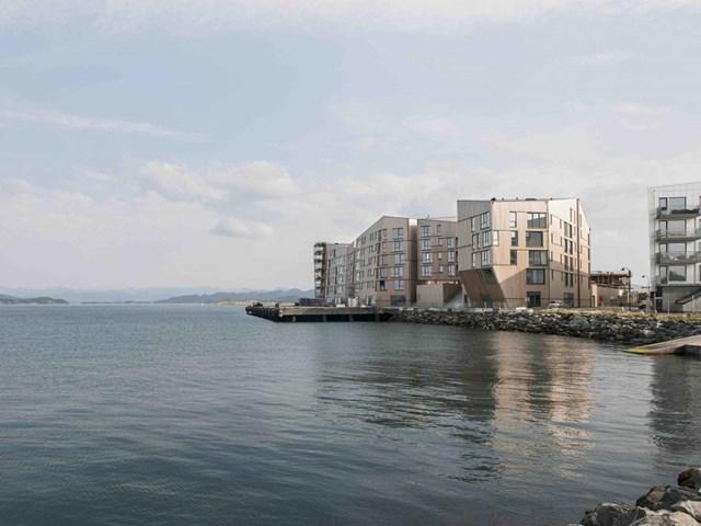 Krøyers Plads I, Copenhagen, Đan Mạch, thiết kế bởi Vilhelm Lauritzen Architects & COBE Architects, phát triển bởi NCC Bolig A/S được đề cử là Công trình nhà ở tốt nhất.