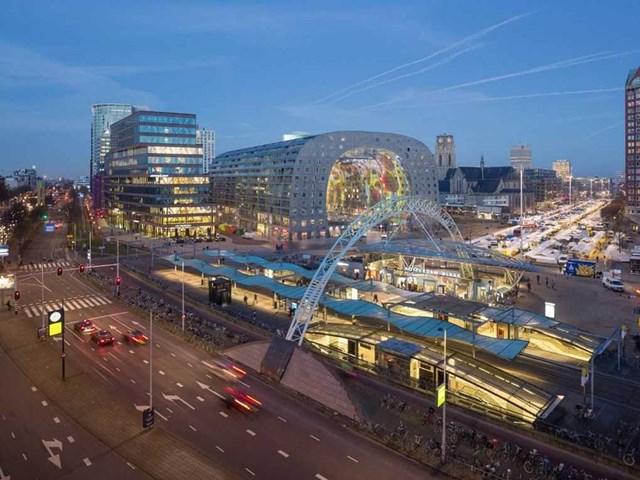 Markthal Rotterdam, Rotterdam, Hà Lan do MVRDV thiết kế và phát triển bởi Provast nhận đề cử cho Trung tâm mua sắm tốt nhất và giải thưởng đặc biệt của ban giám khảo.