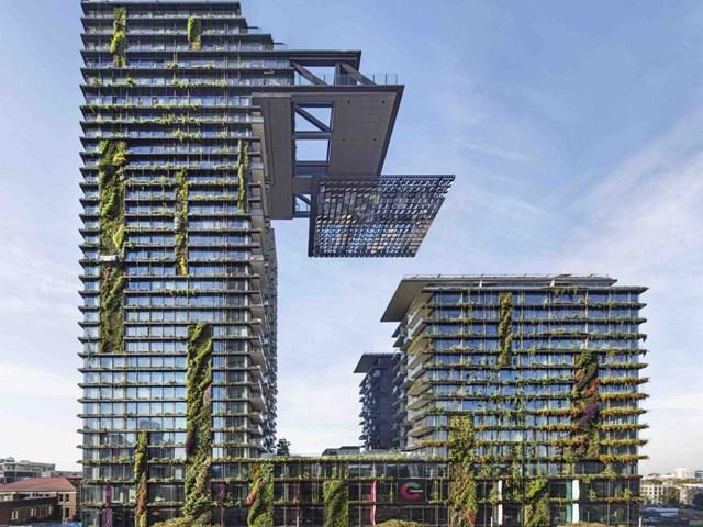 One Central Park, Sydney, Australia thiết kể bởi Ateliers Jean Nouvel và xây dựng bởi Frasers Property Australia, Sekisui House Australia nhận đề cử cho Kiến trúc xanh kết hợp chung cư mang tính cách mạng nhất.