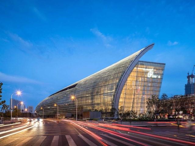 Riverside 66, Thiên Tân, Trung Quốc, thiết kế bởi Kohn Pedersen Fox Associates và do Hang Lung properties Ltd. phát triển nhận đề cử cho Trung tâm mua sắm tốt nhất.
