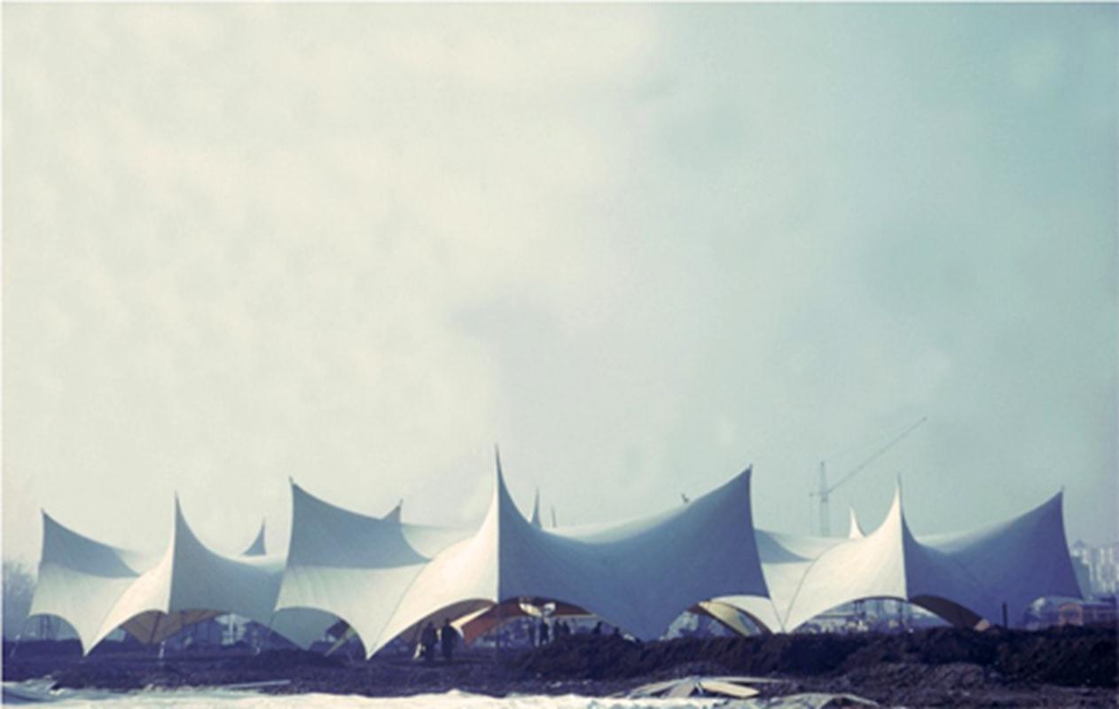 Khu sảnh tại triển lãm vườn quốc tế tại Hamburg, Đức, năm 1963.