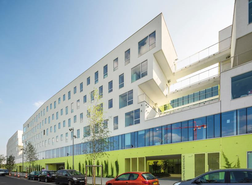 jean-philippe-pargade-technical-and-scientific-centre-of-paris-concrete-hill-designboom-10