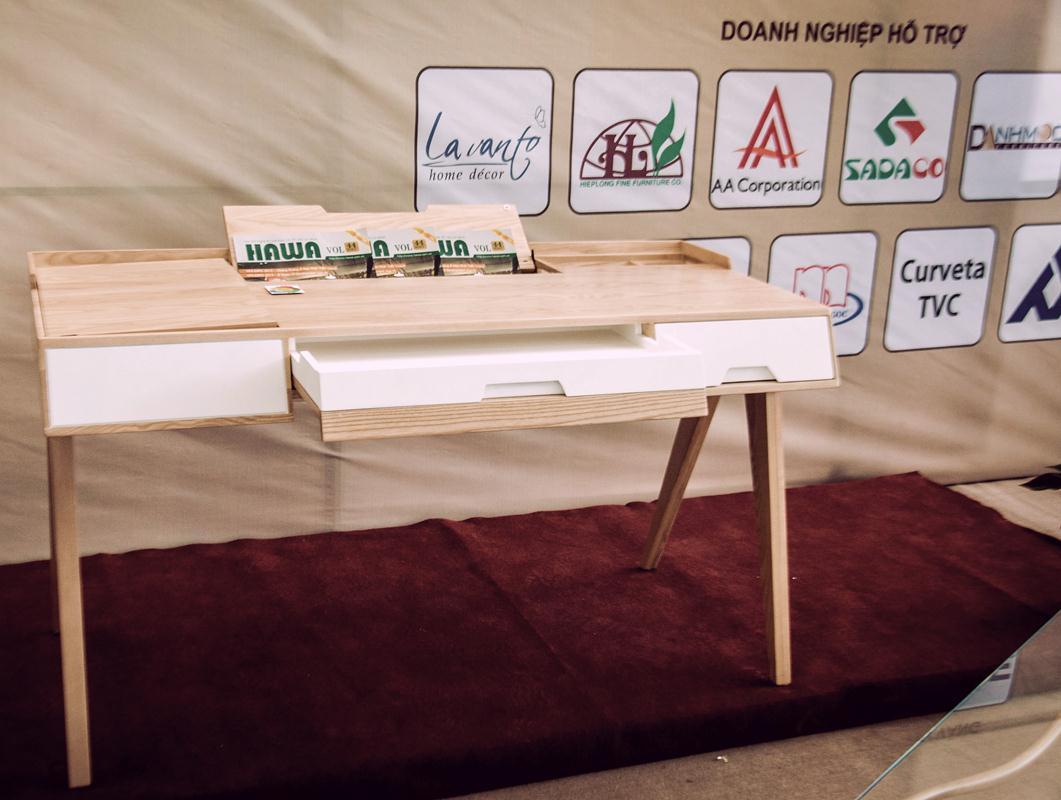 hiếc bàn đa năng, tiện dụng với các phụ kiện của Häfele đã giành giải Nhất của cuộc thi Hoa Mai 2014 – 2015