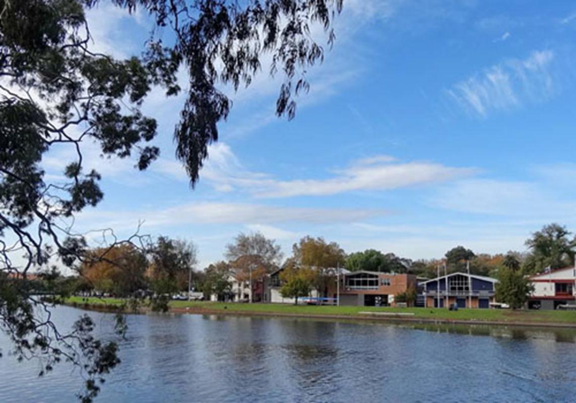 Một dãy phố ven sông vừa được tạo dựng ở ngoại ô TP Melbourne Australia