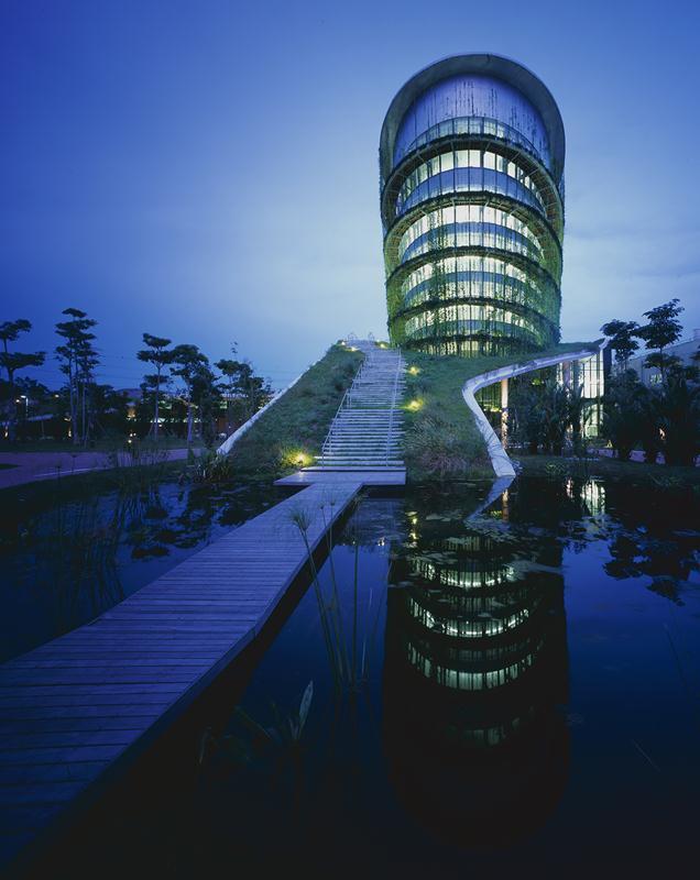 54b494a7e58ece528e000194_factory-on-the-earth-ryuichi-ashizawa-architect-associates_portada_-_-2- (Copy)
