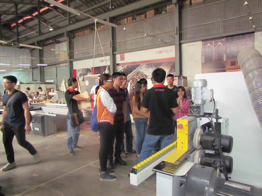 Một chuyến tham quan đến nhà kho và nhà xưởng của Häfele cũng đã được tổ chức trong khuôn khổ cuộc thi