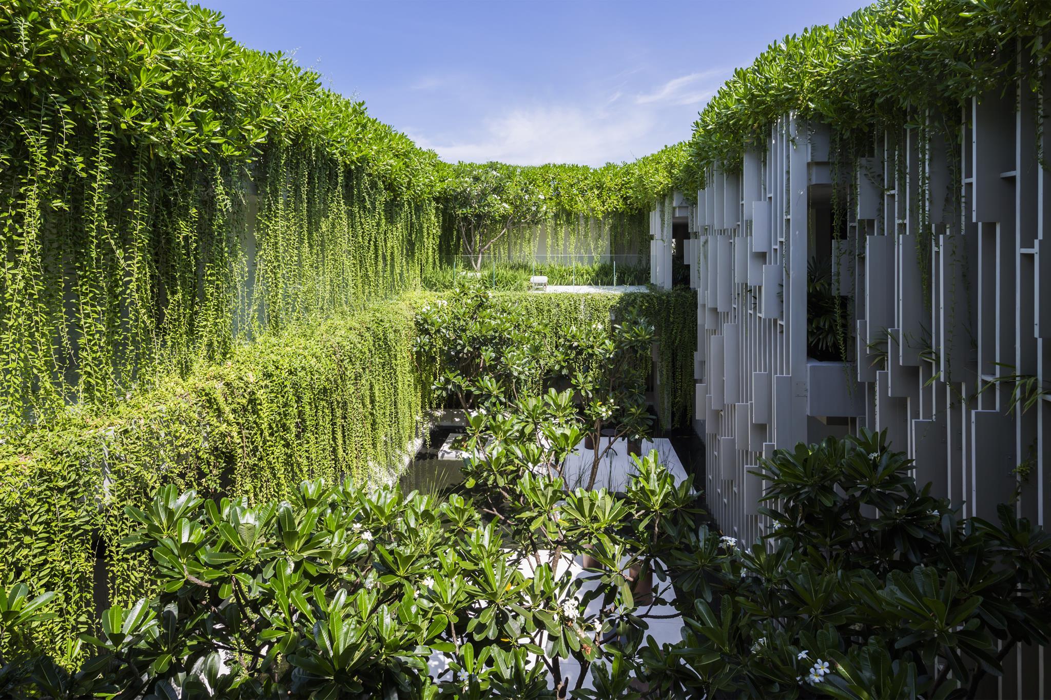 Không gian hòa hợp của thiên nhiên - kiến trúc - con người trong Naman Spa - Ảnh(c)Hirouyki Oki