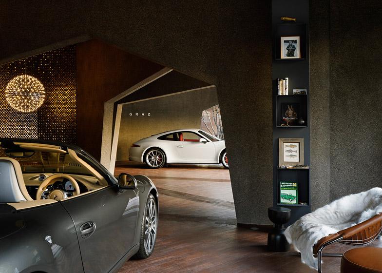 """Kích thước các """"múi"""" showroom được tính toán sao cho phù hợp với kích cỡ các chiếc xe"""