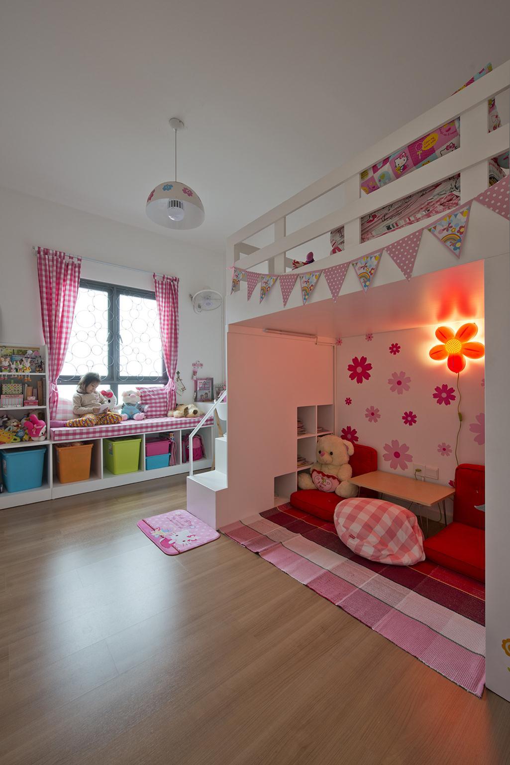 Phòng trẻ em đặc trưng với gam màu hồng. Ảnh © Lê Anh Đức
