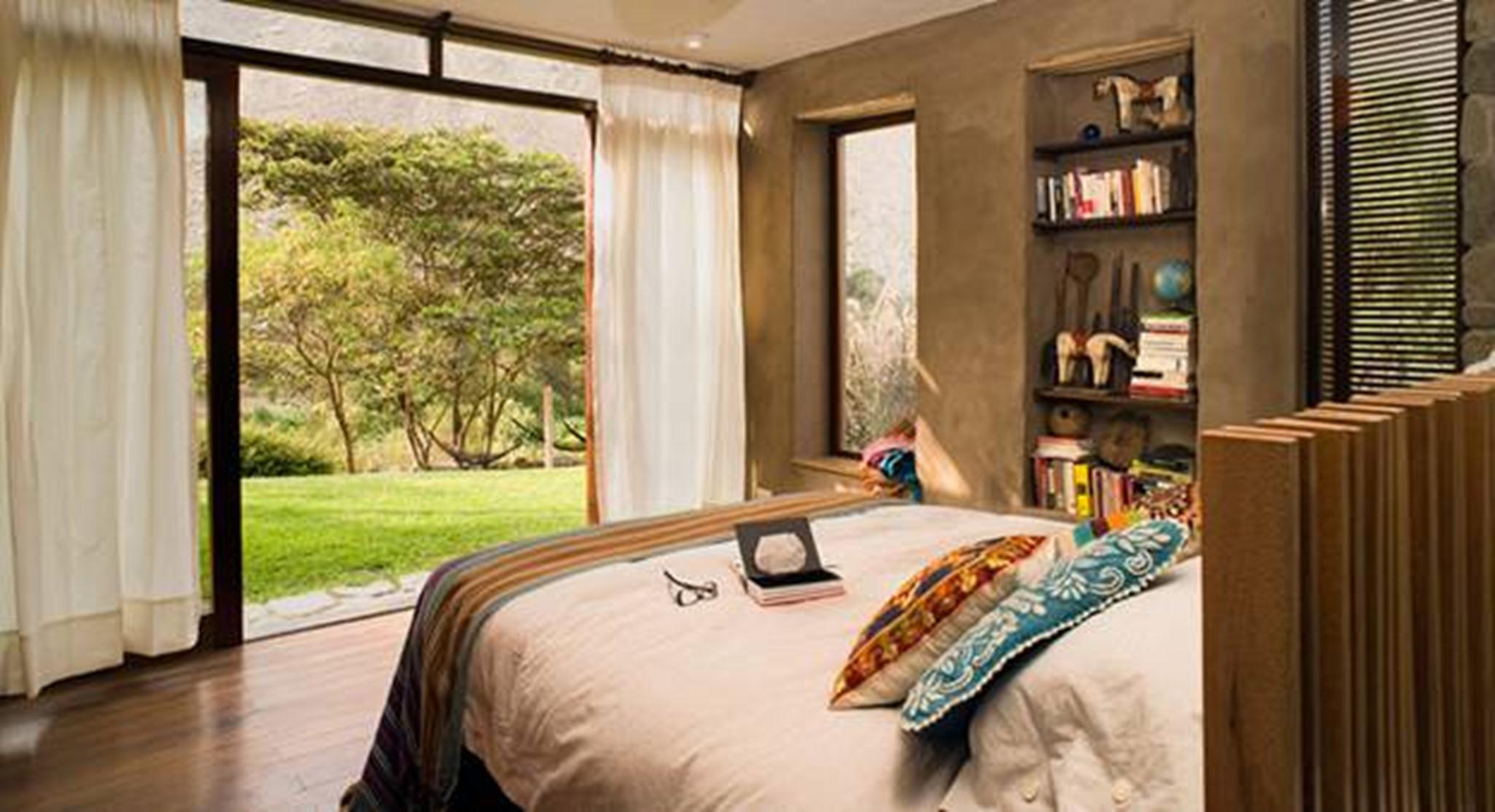 Các phòng trong căn nhà đều kết nối hoàn hảo với thiên nhiên và hướng tầm nhìn ra cảnh quan tuyệt đẹp