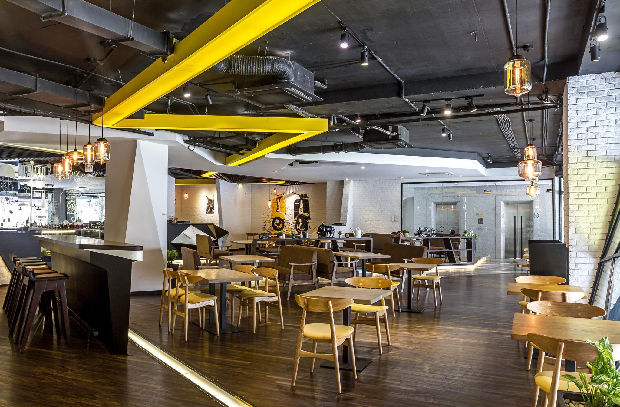Nhà hàng 6 Degrees. Ảnh (c) Hoang Le