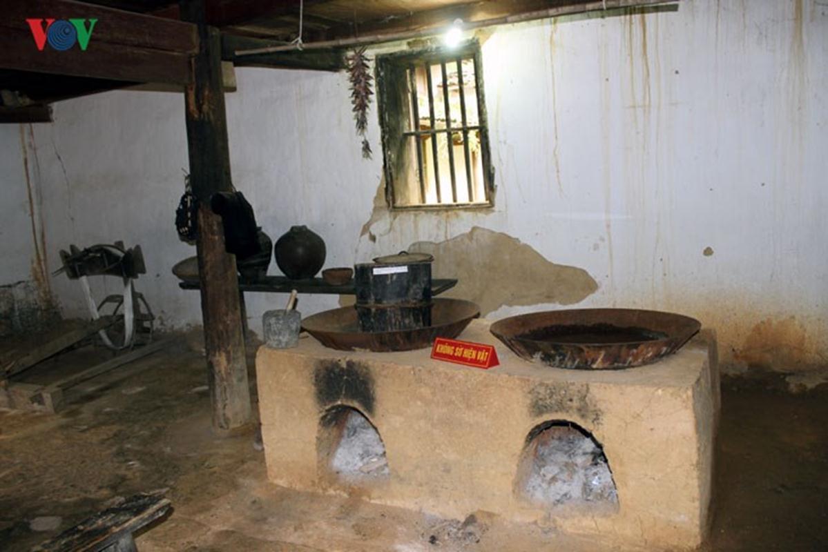 Khu bếp của nhà Vương