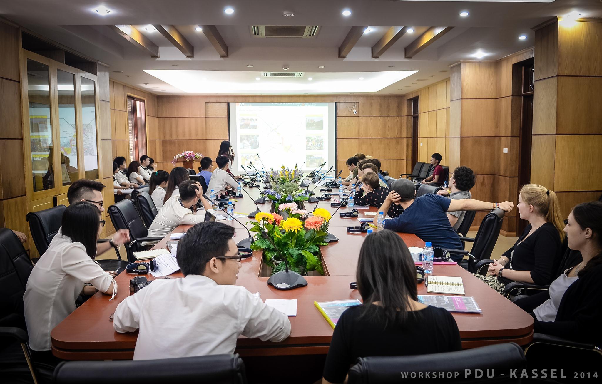 Workshop kiến trúc quốc tế do trường ĐH Phương Đông phối hợp với các trường đại học nước ngoài tổ chức.