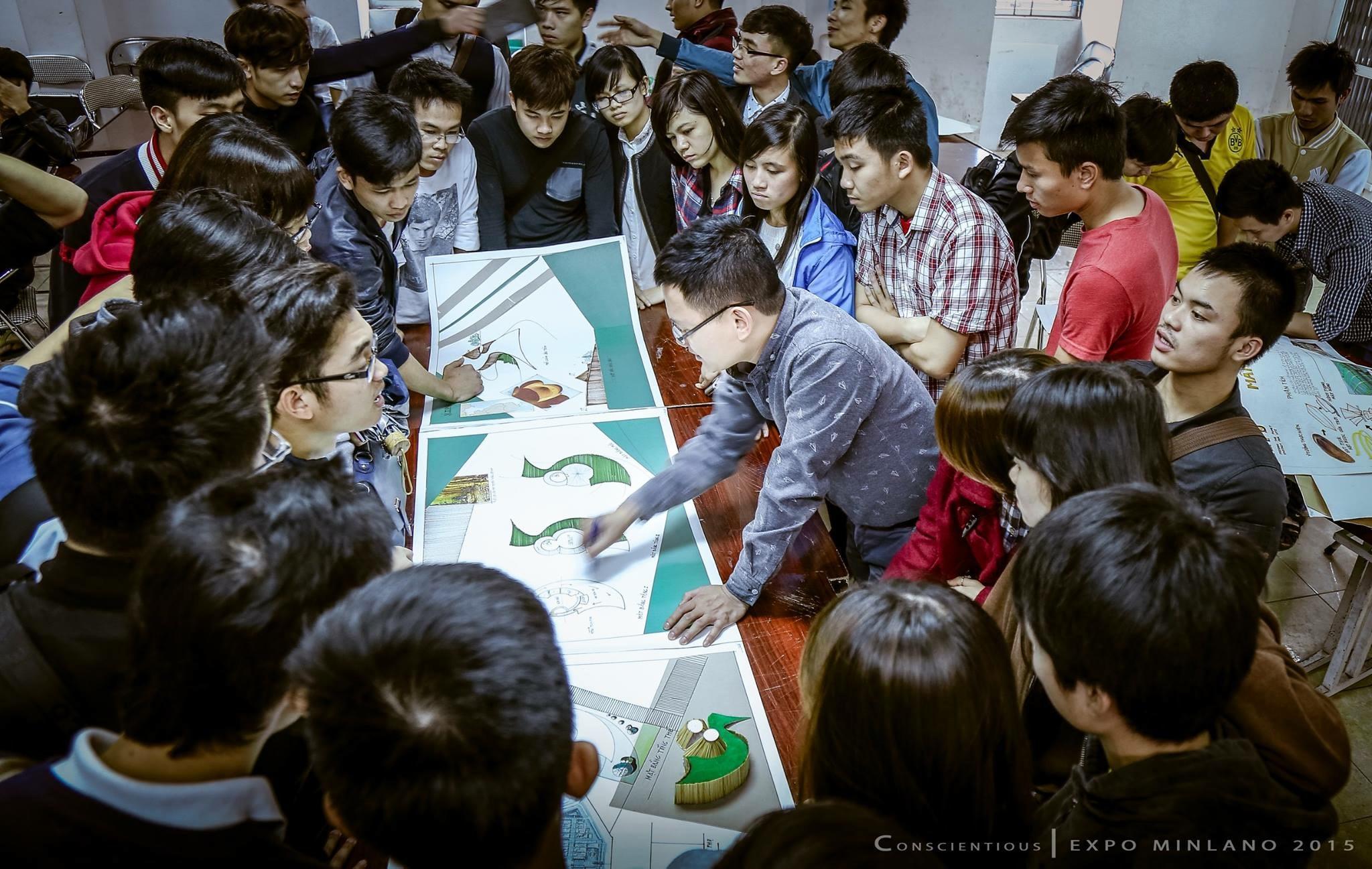 Sinh viên cùng Giảng viên tham gia chấm bài công khai, Đồ án môn học Thiết kế nhanh
