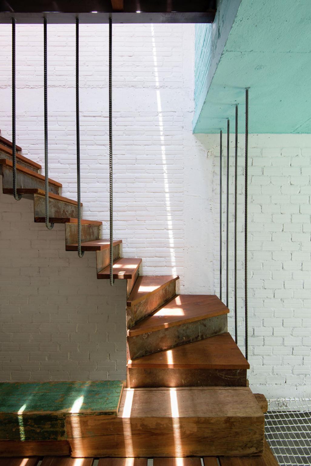 Saigon house; Vietnam / a21studio