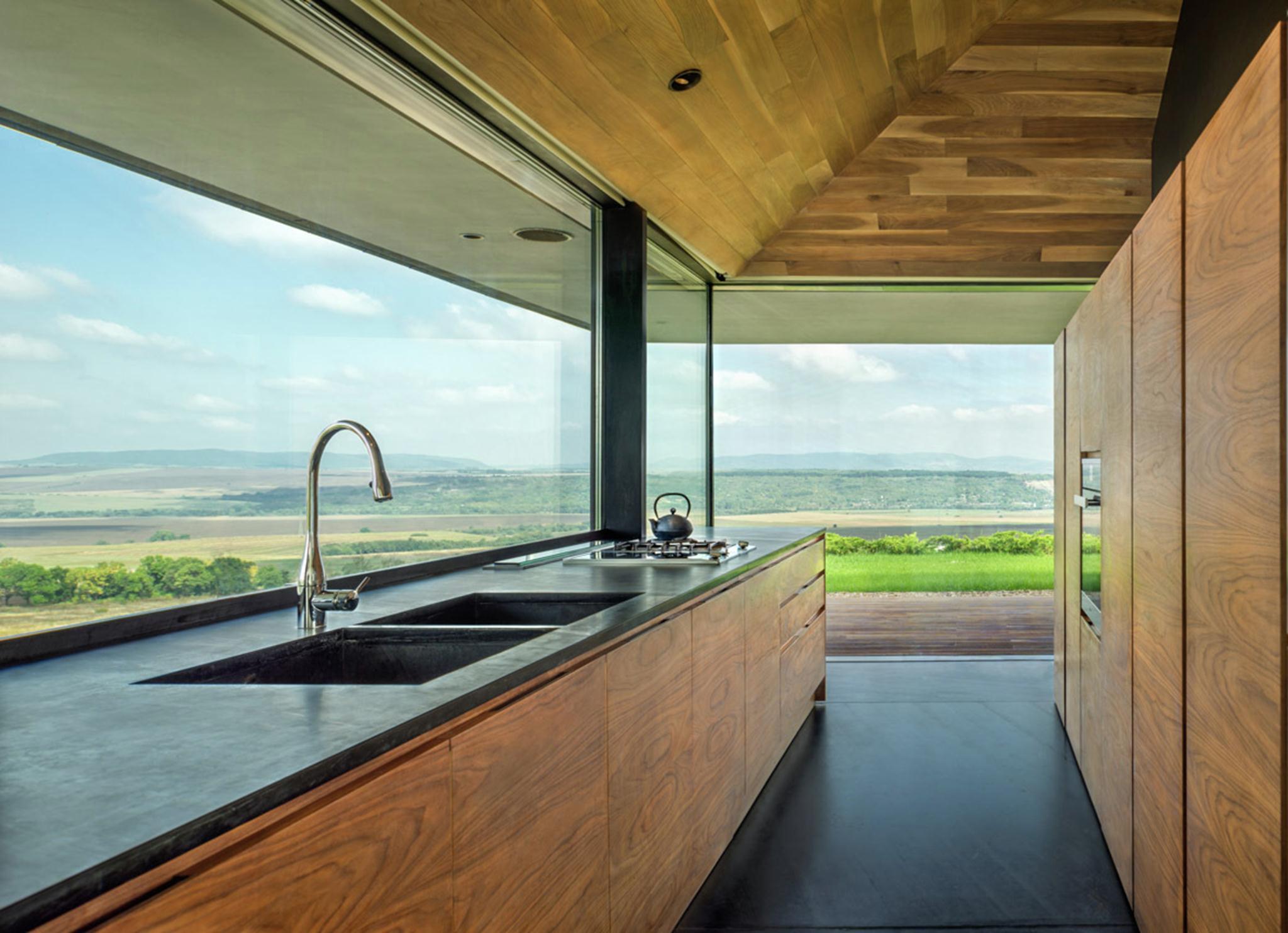 không gian phòng bếp.