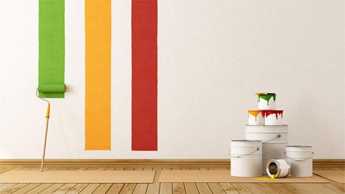 Bạn nên thử sơn trước một mảng tường để chọn tông màu phù hợp. Ảnh: Pluckys.