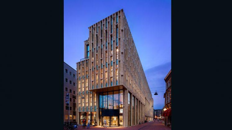 Nhà văn hóa Rozet. Neutelings Riedijk Architects. 2013, Arnhem, Hà lan. (Photo: Scagliola Brakee)