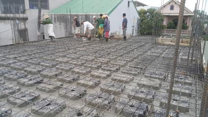 Hình ảnh một công trường thi công áp dụng giải pháp sàn NEVO® tại Việt Nam ( Ảnh : SBN)