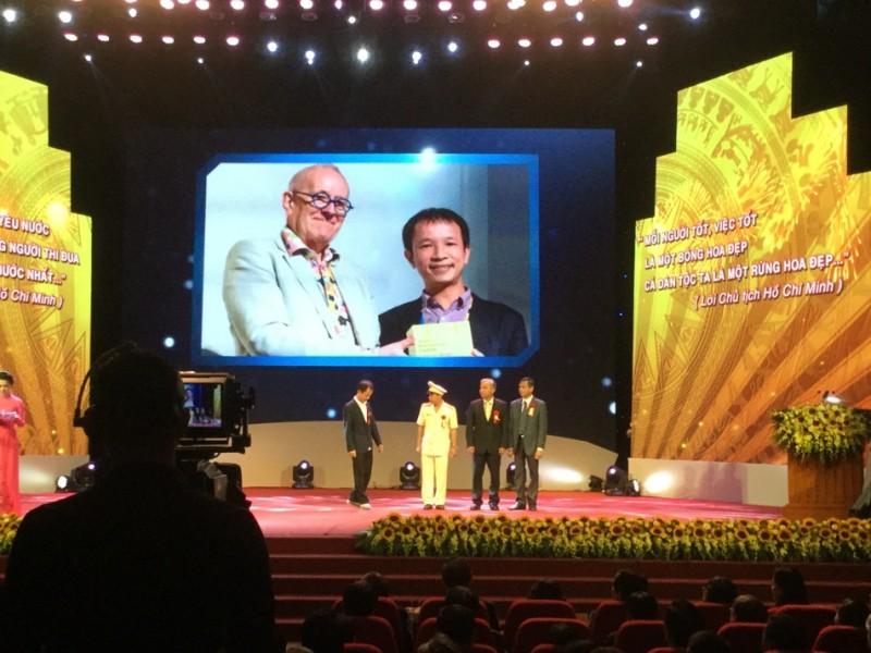 ThS.KTS Hoàng Thúc Hào – được vinh danh tại Lễ tuyên dương điển hình tiên tiến toàn quốc năm 2017