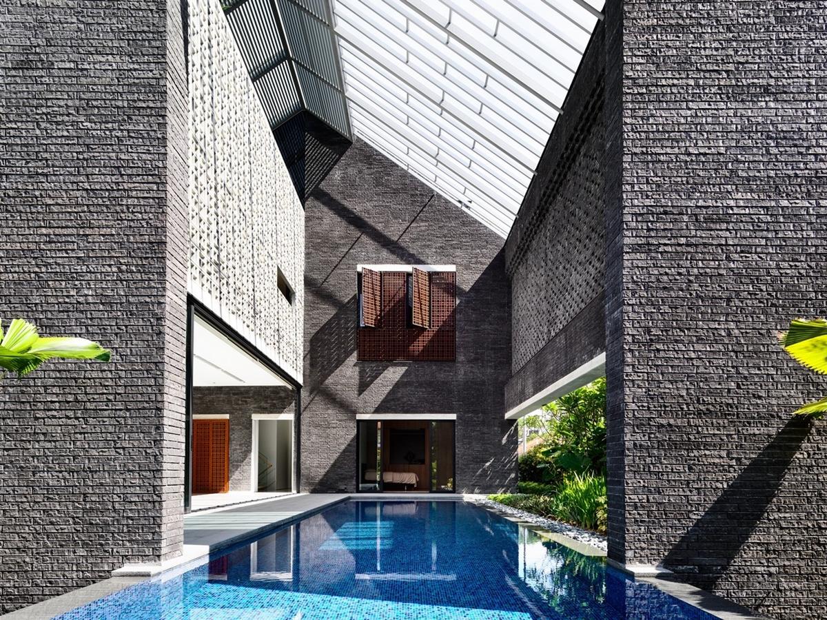 kien viet biet thu voi can phong khong mai hyla architects 10 - Biệt thự với căn phòng không mái | HYLA Architects