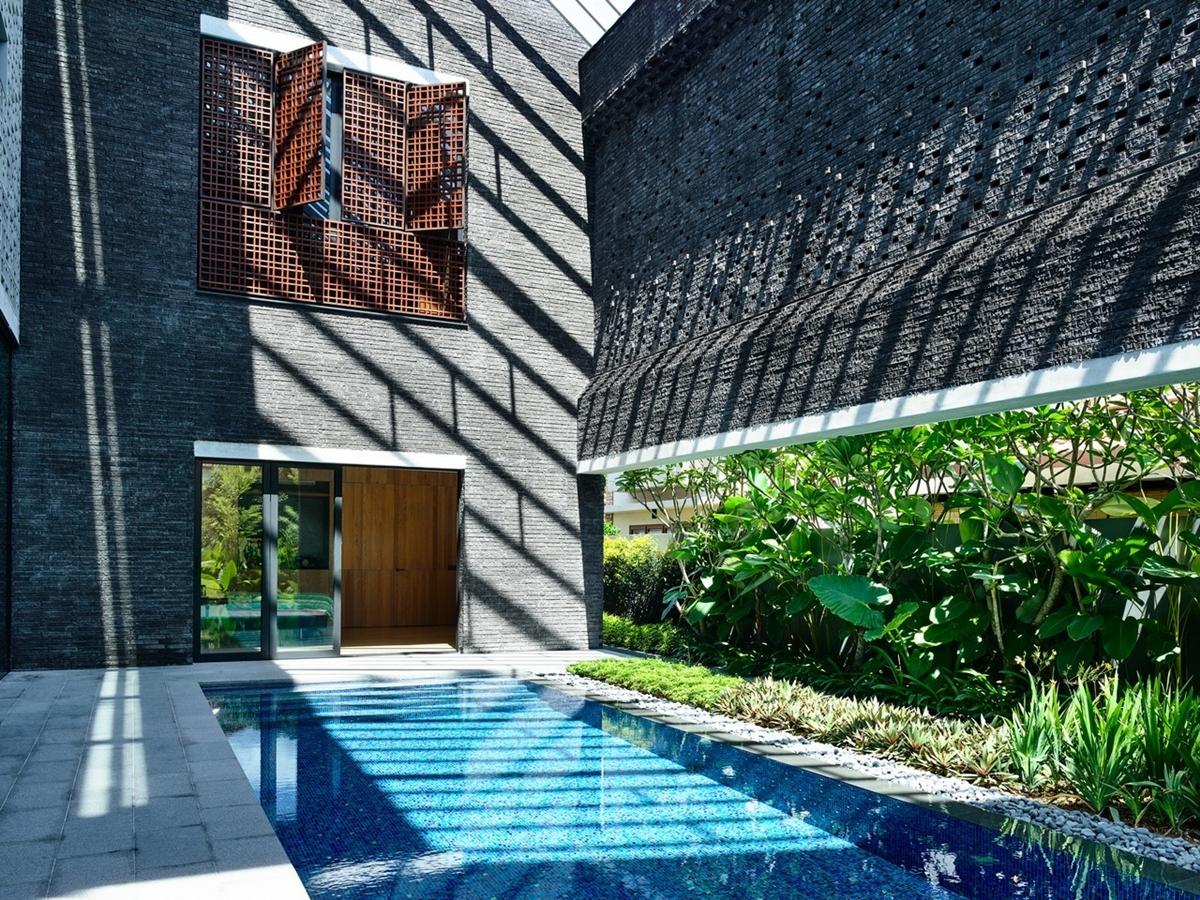 kien viet biet thu voi can phong khong mai hyla architects 12 - Biệt thự với căn phòng không mái | HYLA Architects