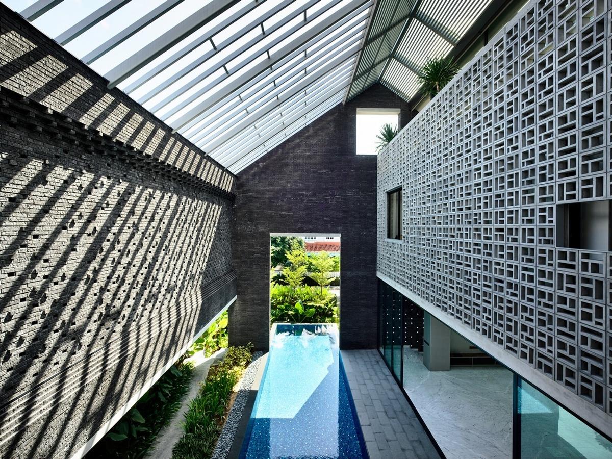 kien viet biet thu voi can phong khong mai hyla architects 13 - Biệt thự với căn phòng không mái | HYLA Architects