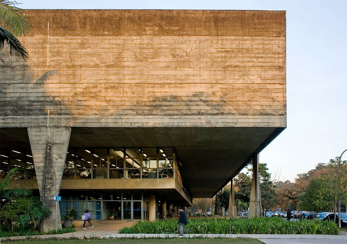 kiến trúc bê tông to lớn và đẹp mắt