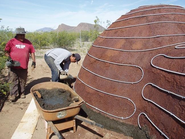 Kiến trúc vòm chủ yếu từ bụi thép. Ảnh: David Stone