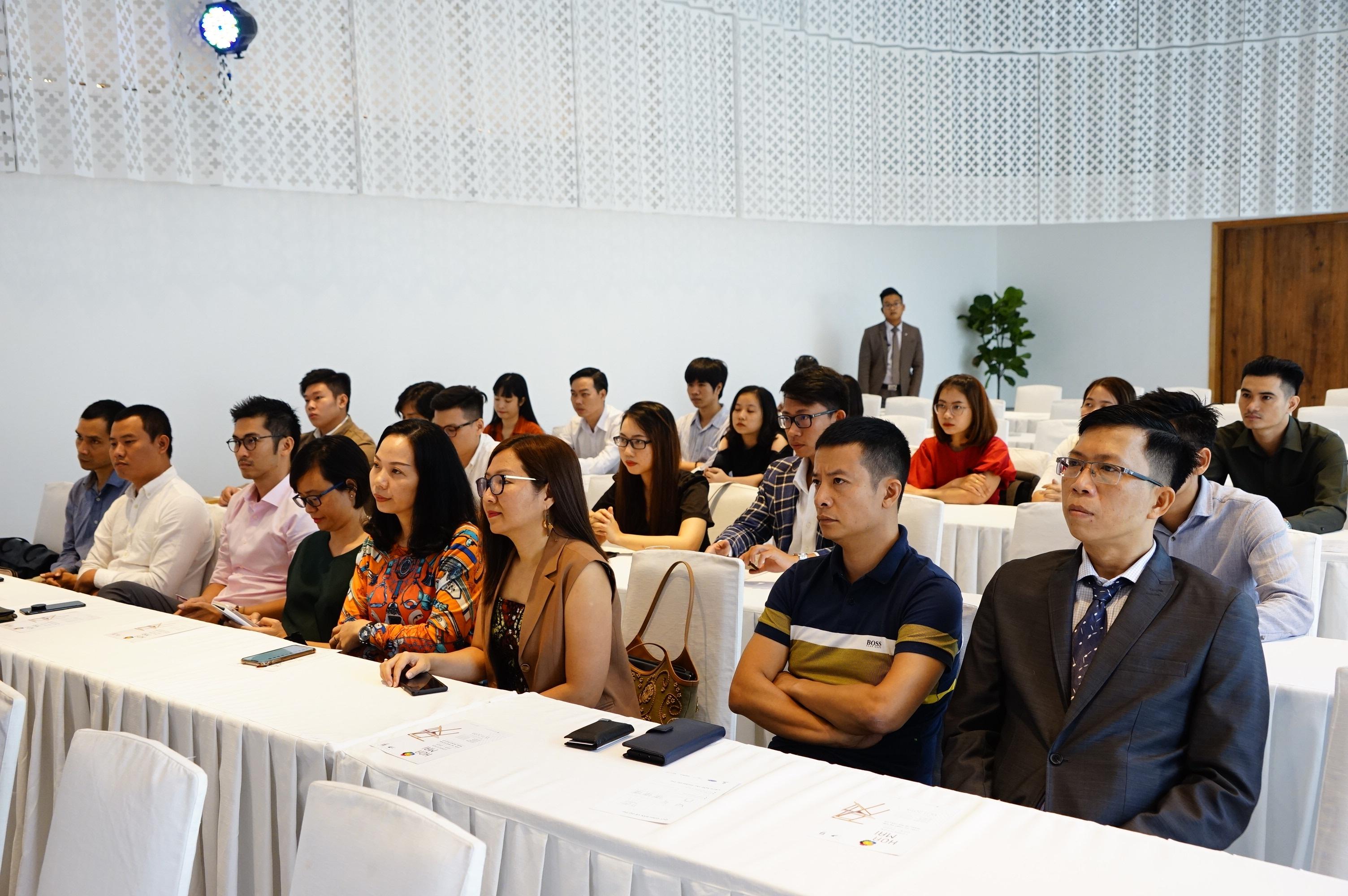 Khởi động Giải Hoa Mai - Cuộc thi thiết kế mẫu nội ngoại thất gỗ 2019-2020