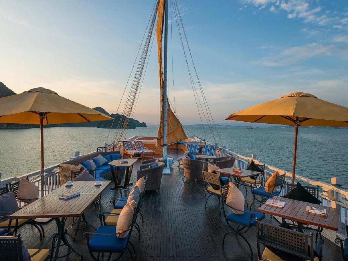 Đi du thuyền, ở Boutique Hotel - lối thưởng thức của người có gu